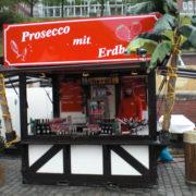 Prosecco & Erdbeeren 001